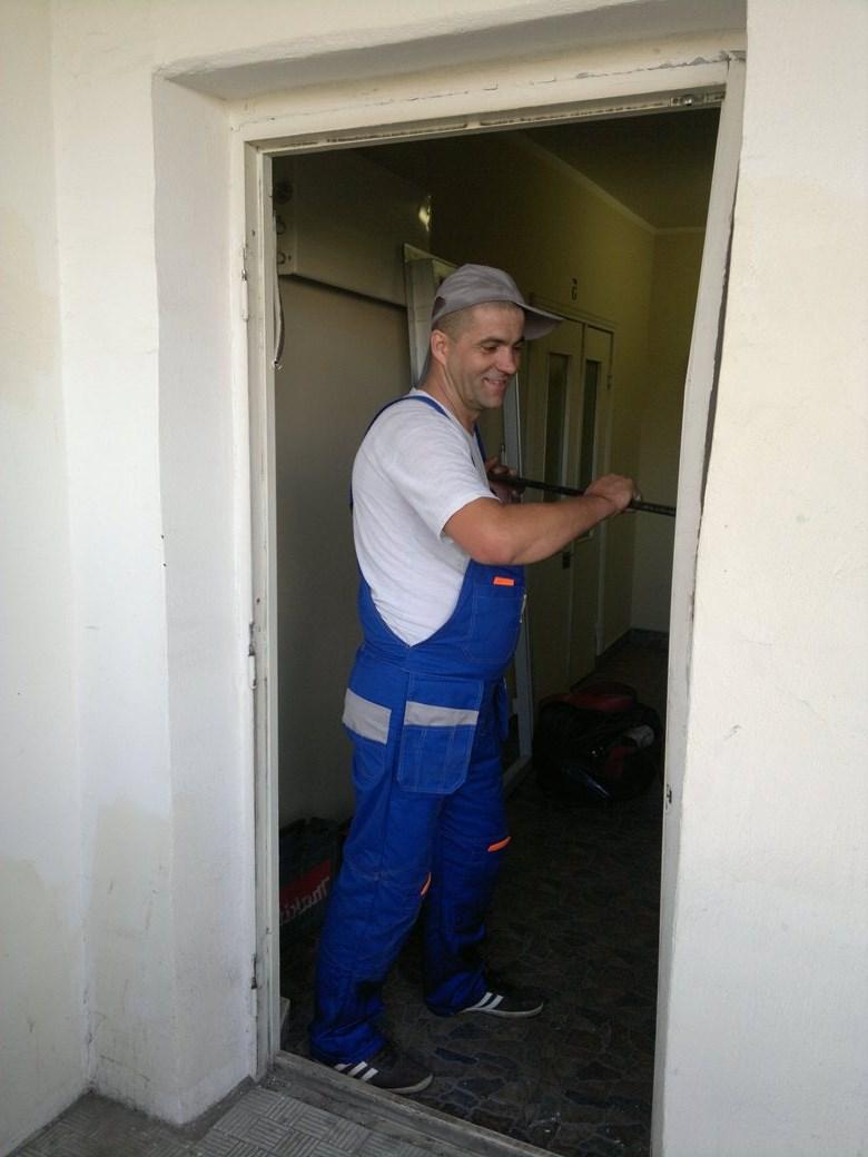 Демонтаж коробки межкомнатной двери своими руками