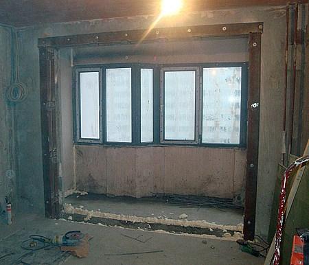 Демонтаж подоконного блока в панельном и кирпичном доме в мо.